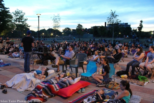 Crowd on the Town Square for the first Sorauren Outdoor Movie