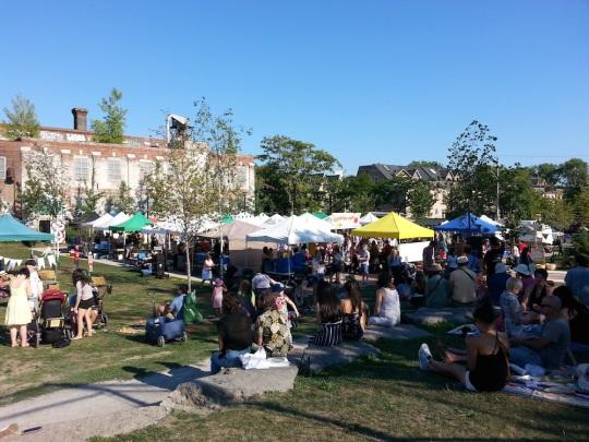 Outdoor Market sunny 1000